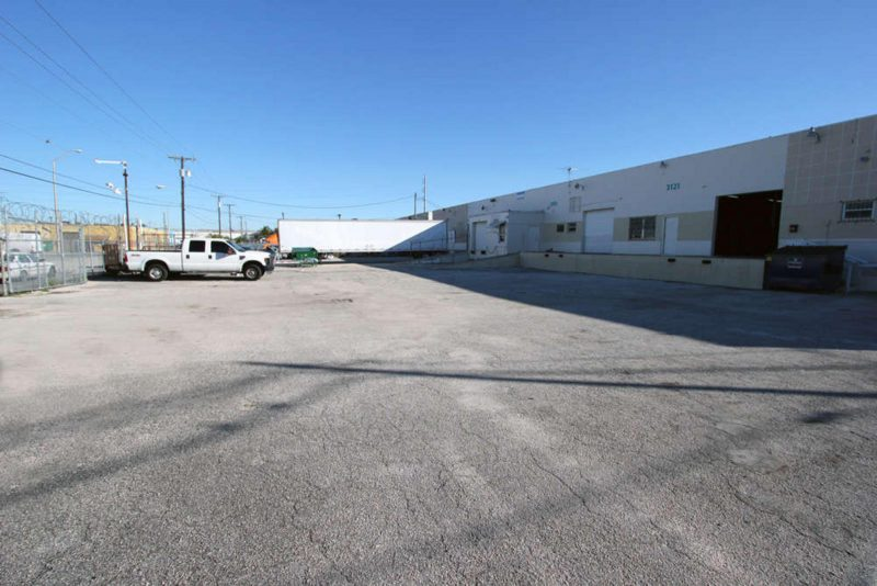 gated-warehouse-storage-800x534.jpg