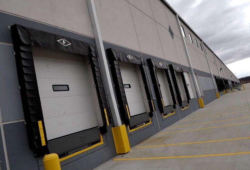 liberty-property-trust-warehouse-upclose-fb6d8e7317295f81-800x546.jpg
